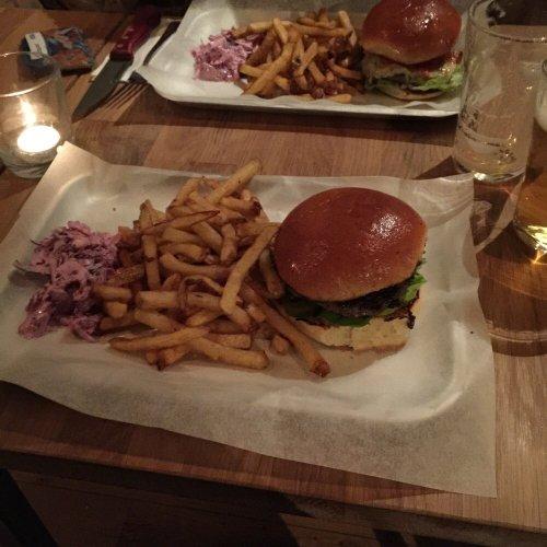 Chomp Bristol Burgers